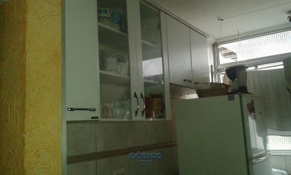 Apartamento 2 Dorms. Centro, Cond. Flávia Fernanda - 00461-1