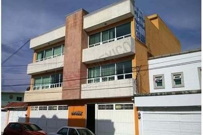 Edificio En Renta En Solidaridad Electricistas, Metepec, Estado De México.