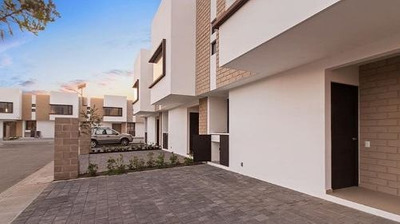 Se Vende Casa En Vista Bosques, Colonia Juárez En Ocoyoacac