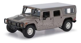Hummer H1 4-door Wagon 1:35 Unique Réplicas 84601