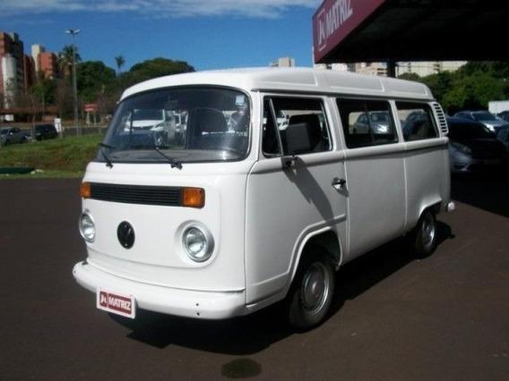 Volkswagen Kombi Standard 1.6 8v