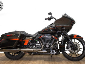 Harley Davidson - Touring Road Glide Cvo