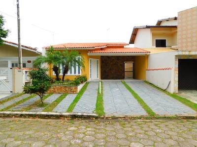 Casa Térrea A Venda Em Bairro Nobre De Peruíbe