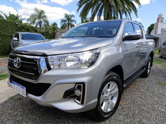 Toyota Hilux 4x2 D/c Srv 2.8 Tdi 6 At 2019