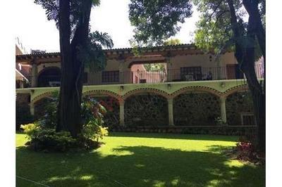 Dos Casas, Venta, Jardin Maduro, Tlaltenango, Cuernavaca, Morelos, Clave: 754sc