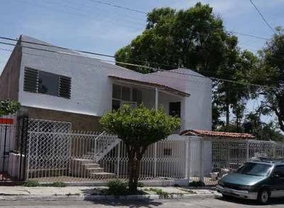 Oficina En Renta En Jardines Alcalde, Guadalajara.