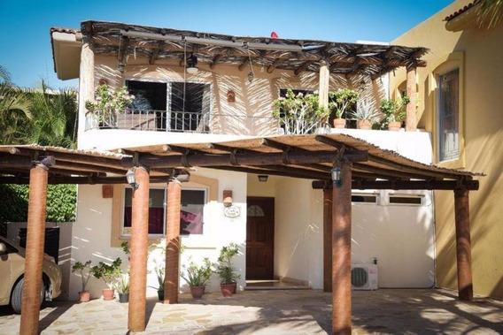 Casa En Venta En Villas Del Tezal, Cabo San Lucas