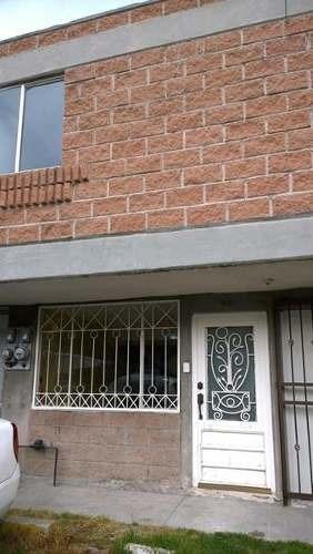 Casa En Venta En Bulevares Del Lago, Nicolás Romero, México.