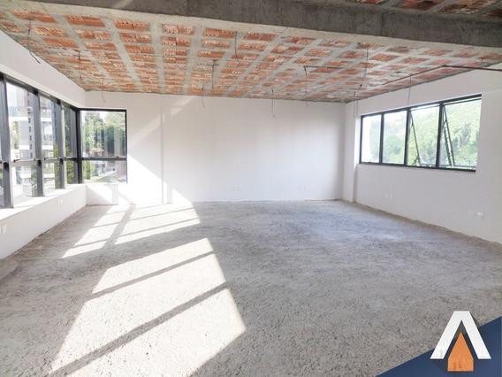 Acrc Imóveis - Sala Comercial Com Ampla Área Privativa E 2 Vagas De Garagem - Sa00427 - 33920307