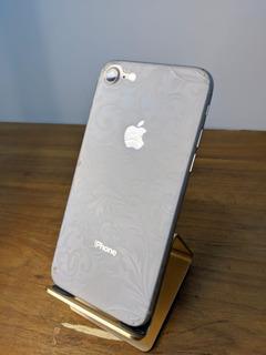 iPhone 8 64gb Prata (com Trinco No Fundo)