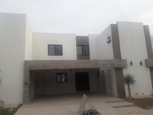 Casa En Venta En Fracc. Palma Real, Torreón