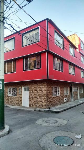 Casa Excelente Negocio Rentable Con Seis (6) Apartamentos