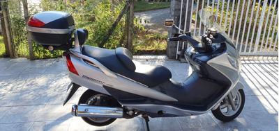 Scooter Suzuki Burgman 400 Prata 06/07 32.000km + Baú Givi