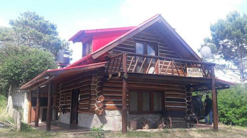 Imagen 1 de 14 de Casa Cabaña De Troncos La Esmeralda , Rocha. A 2 De La Playa