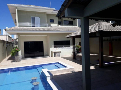 Casa Tipo Sobrado De Alto Padrão Com 4 Dormitórios À Venda, 295 M² Por R$ 990.000 - Jardim Santa Marta - Cuiabá/mt - So0141