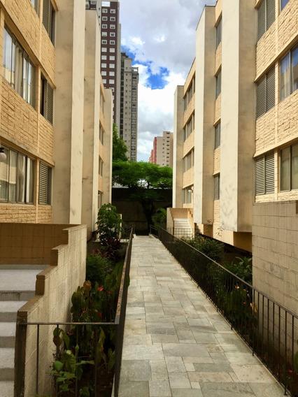2 Dormitórios - Condomínio (500,00) Incluído Água E Gás.