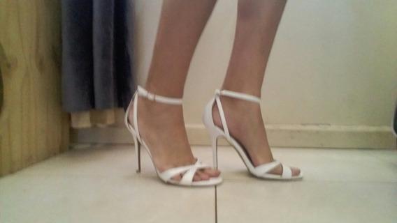 Sandalias Blancas De Tacón Alto