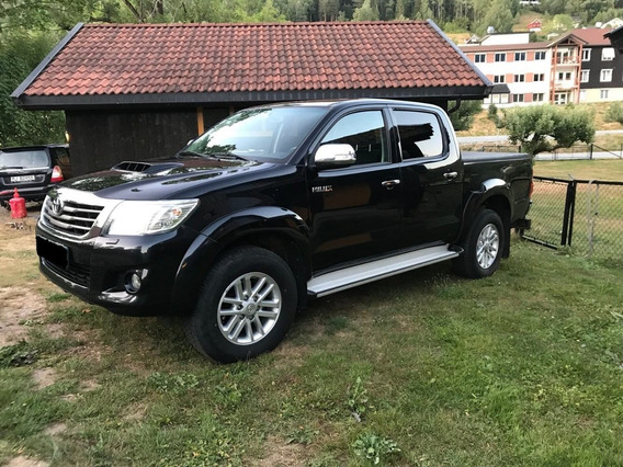 Toyota Hilux Doble Cabina Pickup Motor D4d Año 2015