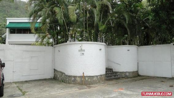 Casas En Venta El Country Club 14-9997