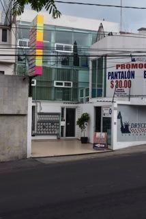 Linda Oficina O Local Comercial, Incluye Internet De Banda A