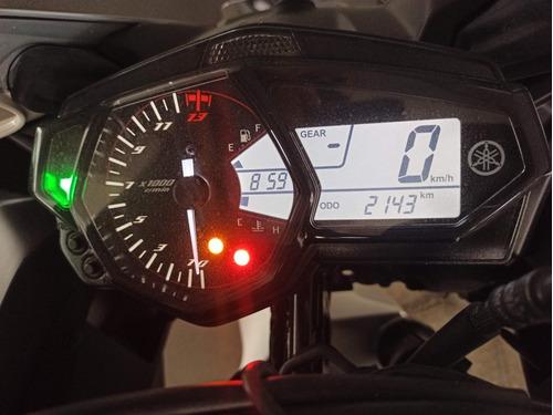 Imagem 1 de 4 de Yamaha R3