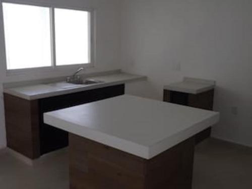 Imagen 1 de 9 de Casa Sola En Venta Hermenegildo Galeana