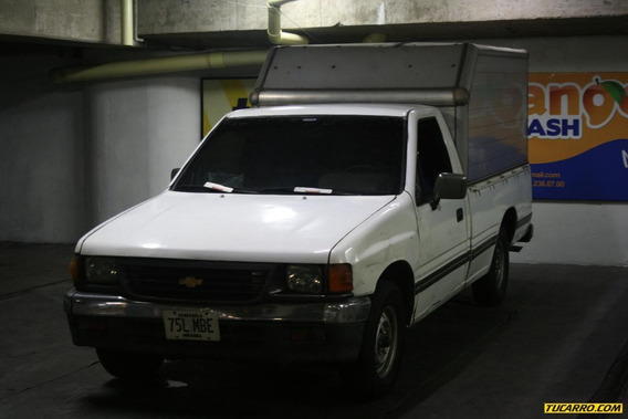 Chevrolet Luv Pick Up Std