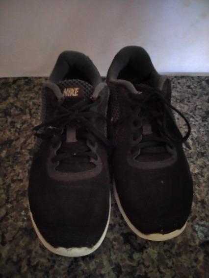 Tênis Nike Revolution 3