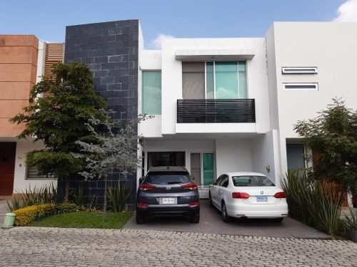 Hermosa Casa En Venta En Coto Althea Solares