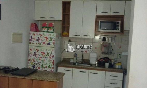 Apartamento De 2 Dormitórios Em São Paulo - Ap1718