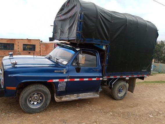 Chevroleth C-10 1982 Con Estacas A Gas