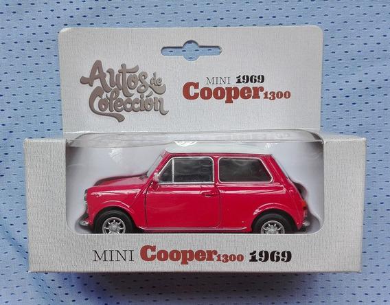 Mini Cooper 1300 Año 1969 Esc 1/39 Marca Welly (60$)