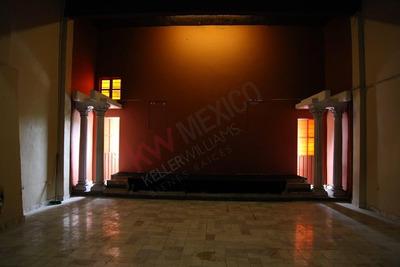 Renta De Local Comercial En Valle Dorado