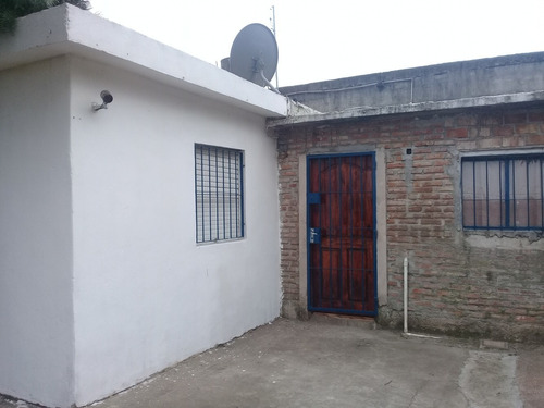 Casa 3 Habitaciones En Parque Rivera