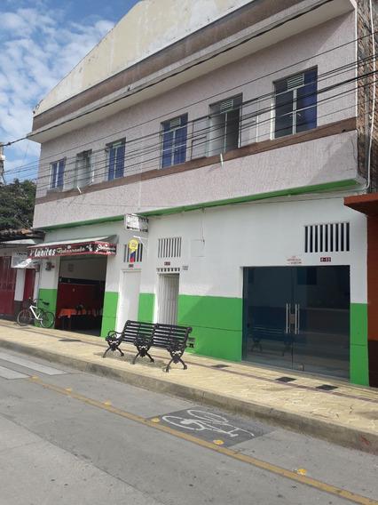 Local Comercial En El Centro Del Pueblo