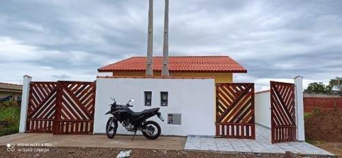 Casa Nova Com Piscina Em Itanhaem 8234