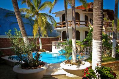Hermosa Villa En Playa Pie De La Cuesta, Construcción Solida