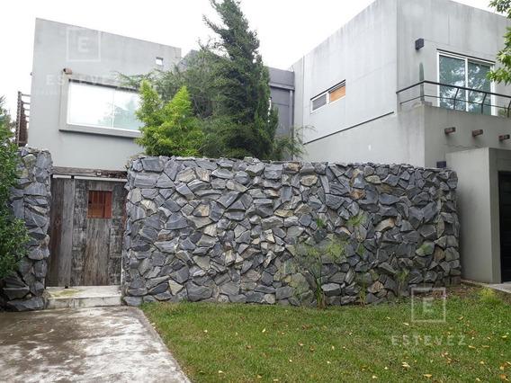 Importante Casa A La Laguna, 4 Dormitorios - Santa Catalina, Villanueva, Tigre