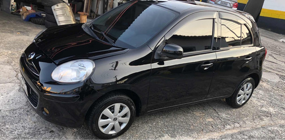 Nissan March 1.6 Sv 5p 2014