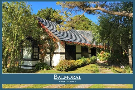 8745 - Casa En Venta - Pinamar, Zona Golf Viejo