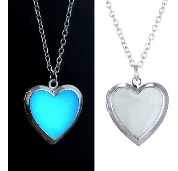 Colar Coração Luminoso Brilha No Escuro Azul