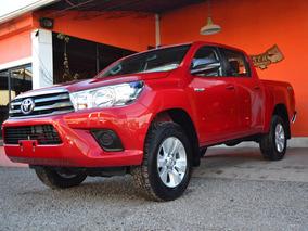 Toyota Hilux 2.8 Cd Sr 177cv 4x4 2018 0km 46276082