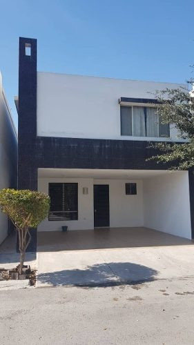 Casa En Renta Lomas Oriente, Fraccionamiento Lomas Palmeira