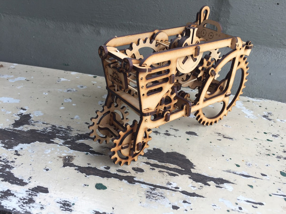 Puzzle 3d Tractor Ugears Kit Para Armar.