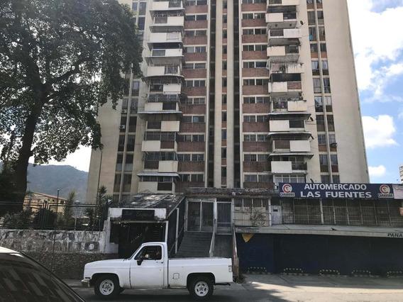 Apartamento En Venta En El Paraíso Rent A House @tubieninmuebles Mls 20-15959