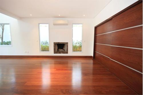 Imagem 1 de 30 de Condomínio Com Ampla Piscina - Casas Totalmente Isoladas! - Reo49564