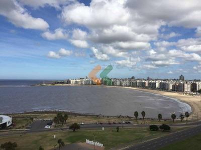 Espectacular Penthouse En Pocitos Nuevo A Pasos De La Playa. - Ref: 3429