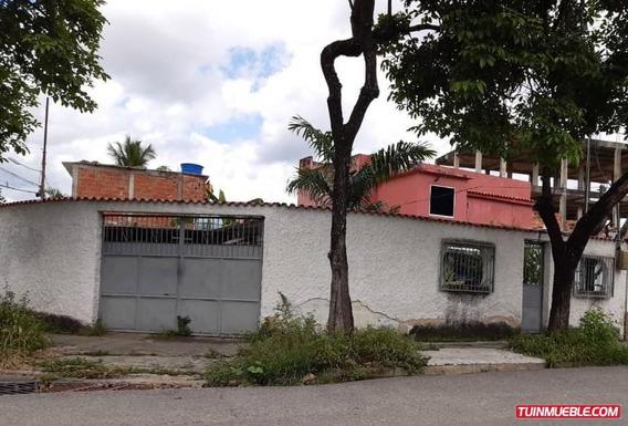 Casa En Venta En Valencia Idc-1178