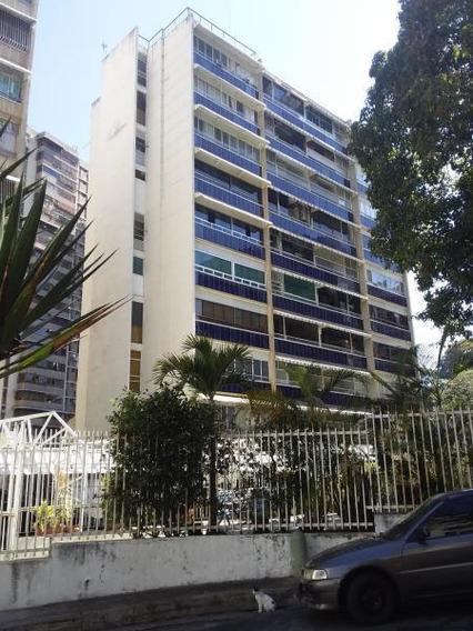 Apartamentos En Venta - Clnas Bello Monte - 19-6250