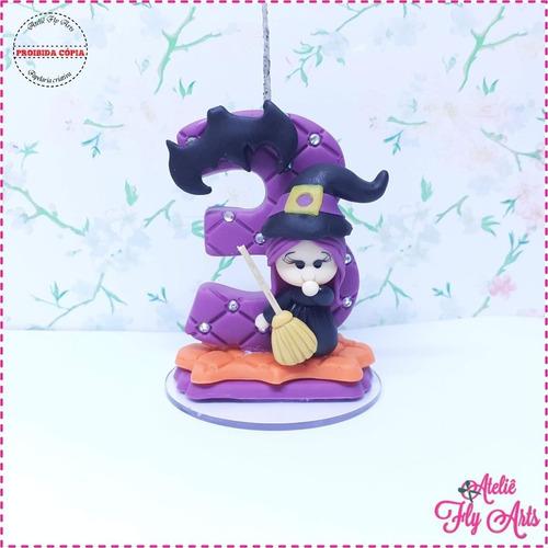 Imagem 1 de 2 de Vela Em Biscuit Bruxinha Halloween